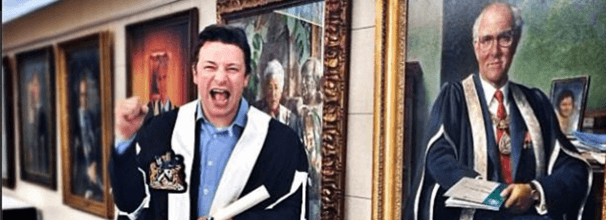 Jamie Oliver receives fellowship from Royal College of General Practitioners