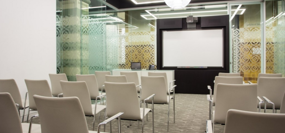 Large Meeting Room Layouts