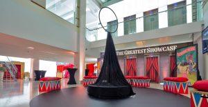 showcase-ring-hall-empty
