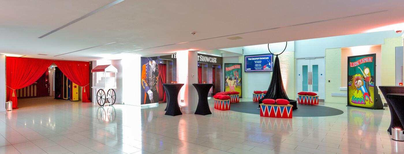 showcase-waiting-area